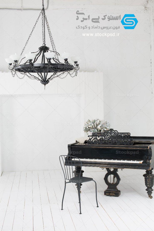 بک گراند دکور پیانو آتلیه